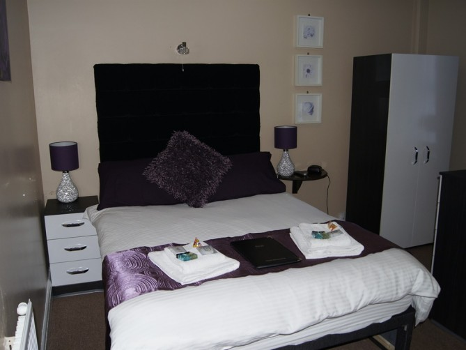 Deluxe Double - Kings, South Promenade, South Shore, Blackpool Hotel for Families and Couples