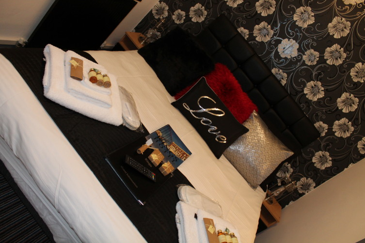 Double Suite - Kings, South Promenade, South Shore, Blackpool Hotel for Families and Couples