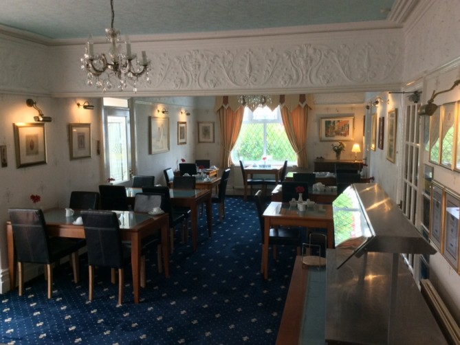 Dining Room - The Old Coach House, Dean Street, South Shore, Blackpool Hotel for Families and Couples