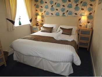 Superior Double Room - The Strathdon, St Chads Road, South Shore, Blackpool Hotel for Families and Couples