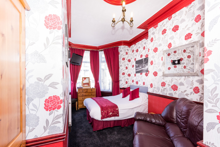 Superior Double Room - Valdene Hotel, Cocker Street, North Shore, Blackpool Hotel for Families & Couples