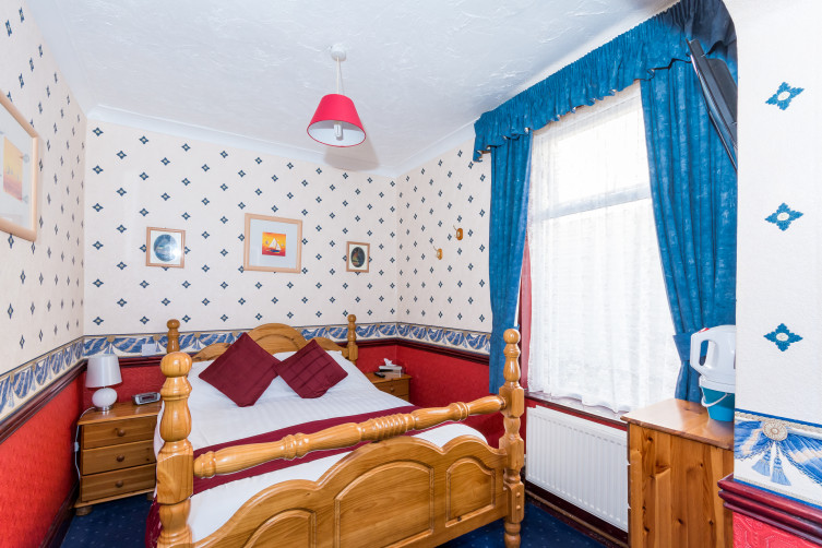 Double Room - Valdene Hotel, Cocker Street, North Shore, Blackpool Hotel for Families & Couples